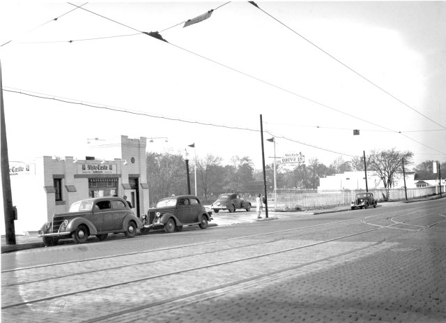 1941_white-castle_looking_north-west